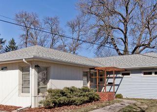 Pre Foreclosure in Cedar Rapids 52402 35TH ST NE - Property ID: 1785529482