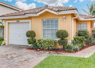 Pre Foreclosure in West Palm Beach 33411 COMMODORE CT - Property ID: 1785841311