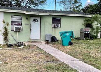 Pre Foreclosure in Boynton Beach 33435 NW 10TH AVE - Property ID: 1785848774
