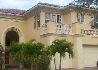 Pre Foreclosure in Lake Worth 33467 LAGO DE TALAVERA - Property ID: 1785859723