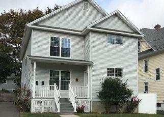 Pre Foreclosure in Bridgeport 06605 MIDLAND ST - Property ID: 1785891242