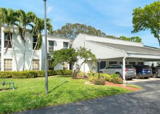 Pre Foreclosure in Boca Raton 33433 OLD COURT RD - Property ID: 1786162350