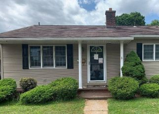 Pre Foreclosure in Wilkes Barre 18702 MINER ST - Property ID: 1786983109