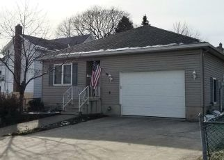Pre Foreclosure in Pittston 18643 FOUNDRY ST - Property ID: 1786984881