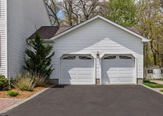 Pre Foreclosure in Howell 07731 CROSSBROOKE CT - Property ID: 1787545929