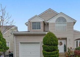 Pre Foreclosure in Perth Amboy 08861 ASHLEY ST - Property ID: 1787585782