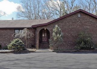 Pre Foreclosure in Whippany 07981 BEE MEADOW PKWY - Property ID: 1787620366