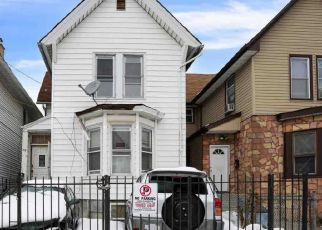 Pre Foreclosure in Newark 07104 WAKEMAN AVE - Property ID: 1787652791