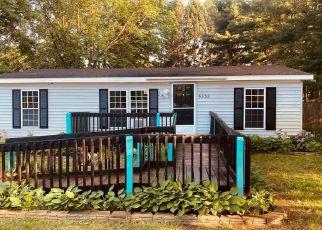 Pre Foreclosure in Howell 48843 COMANCHE LN - Property ID: 1787881851