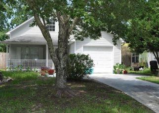Pre Foreclosure in Panama City 32404 LAKE JOANNA CIR - Property ID: 1789028461