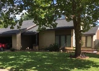 Pre Foreclosure in Houston 77072 VILLAWOOD LN - Property ID: 1789269342