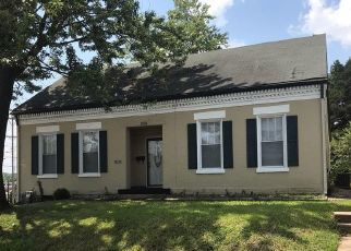 Pre Foreclosure in Belleville 62220 S CHARLES ST - Property ID: 1789655190