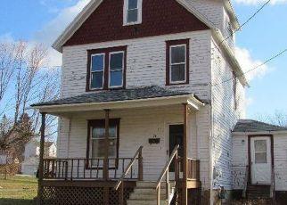 Pre Foreclosure in Kane 16735 N ELK AVE - Property ID: 1789867622