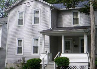 Pre Foreclosure in Tunkhannock 18657 PUTNAM ST - Property ID: 1789910991