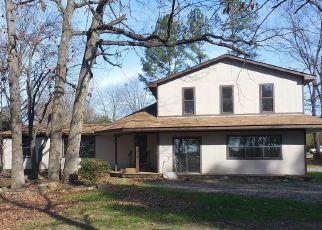 Pre Foreclosure in Pocola 74902 DOGWOOD - Property ID: 1789968347