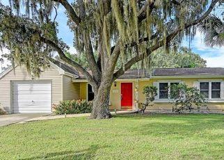 Pre Foreclosure in North Port 34287 MCKIBBEN DR - Property ID: 1789976679