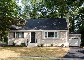 Pre Foreclosure in Glen Ridge 07028 CHESTNUT HILL PL - Property ID: 1790202679