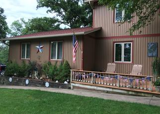 Pre Foreclosure in Le Claire 52753 BOWKER DR - Property ID: 1790703715