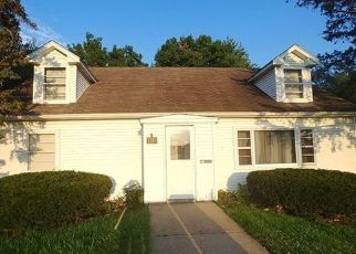 Pre Foreclosure in Clinton 52732 N 4TH ST - Property ID: 1790714667