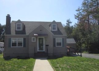 Pre Foreclosure in Manchester 06040 FALKNOR DR - Property ID: 1791037895