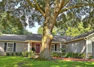 Pre Foreclosure in Ocoee 34761 LOG WAGON RD - Property ID: 1791168848