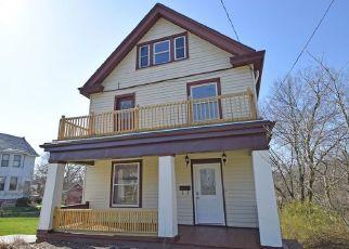 Pre Foreclosure in Cincinnati 45211 WARDALL AVE - Property ID: 1791552952
