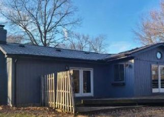Pre Foreclosure in Temperance 48182 COVENTRY DR - Property ID: 1792327724
