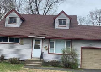 Pre Foreclosure in Albany 12205 BRIDLE PATH - Property ID: 1792417951
