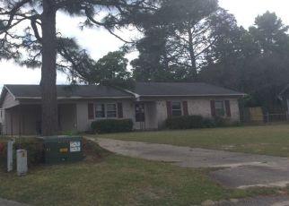 Pre Foreclosure in Hope Mills 28348 RUSTIC RDG - Property ID: 1793658724