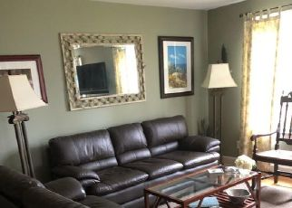 Pre Foreclosure in Fairfield 06824 JOAN DR - Property ID: 1793790103