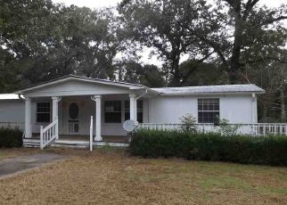 Pre Foreclosure in Crawfordville 32327 BLUEBERRY LN - Property ID: 1794696274