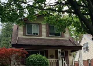 Pre Foreclosure in Dearborn 48124 TENNY ST - Property ID: 1795335283