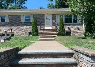 Pre Foreclosure in Pompton Plains 07444 JACKSON AVE - Property ID: 1795786845
