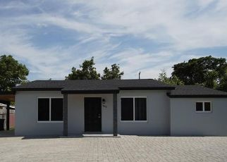Pre Foreclosure in Miami 33155 SW 42ND ST - Property ID: 1795982613