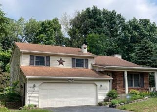 Pre Foreclosure in Lambertville 48144 COACHMAN DR - Property ID: 1797433622
