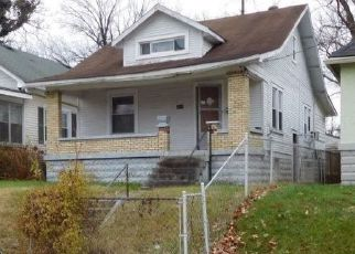 Pre Foreclosure in Louisville 40212 LARKWOOD AVE - Property ID: 1797597873