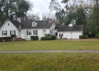 Pre Foreclosure in Tallahassee 32308 BROOKWOOD DR - Property ID: 1797825612