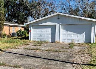 Pre Foreclosure in Texas City 77591 N VIONETT LN - Property ID: 1798024444