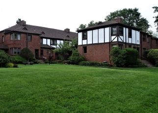 Pre Foreclosure in Englewood 07631 BROAD AVE - Property ID: 1798589433