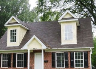 Pre Foreclosure in Louisville 40211 GREENWOOD AVE - Property ID: 1798787394