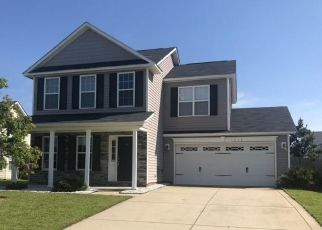 Pre Foreclosure in Fayetteville 28306 SNOWY EGRET DR - Property ID: 1800168326