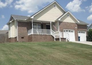 Pre Foreclosure in Fayetteville 28314 GROUSE RUN LN - Property ID: 1800199424