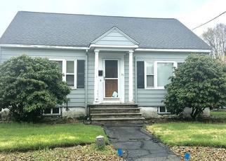 Pre Foreclosure in Dracut 01826 DEAN AVE - Property ID: 1800676826
