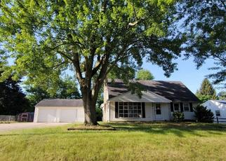 Pre Foreclosure in Temperance 48182 MILDRED AVE - Property ID: 1800688649