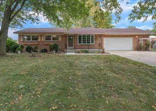 Pre Foreclosure in Temperance 48182 DOUGLAS RD - Property ID: 1800708348