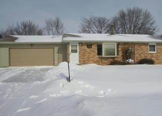 Pre Foreclosure in Waterloo 50701 VIOLET DR - Property ID: 1800990403