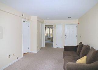 Pre Foreclosure in Norwalk 06850 OAKWOOD AVE - Property ID: 1801532623