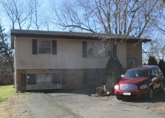 Pre Foreclosure in Columbus 43207 MOUNDVIEW AVE - Property ID: 1802674415