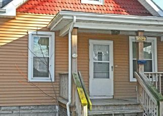 Pre Foreclosure in Cedar Rapids 52404 10TH ST SW - Property ID: 1803389179