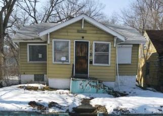 Pre Foreclosure in Gary 46403 WYOMING ST - Property ID: 1803392248